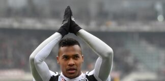 Chelsea face Manchester United competition for Alex Sandro